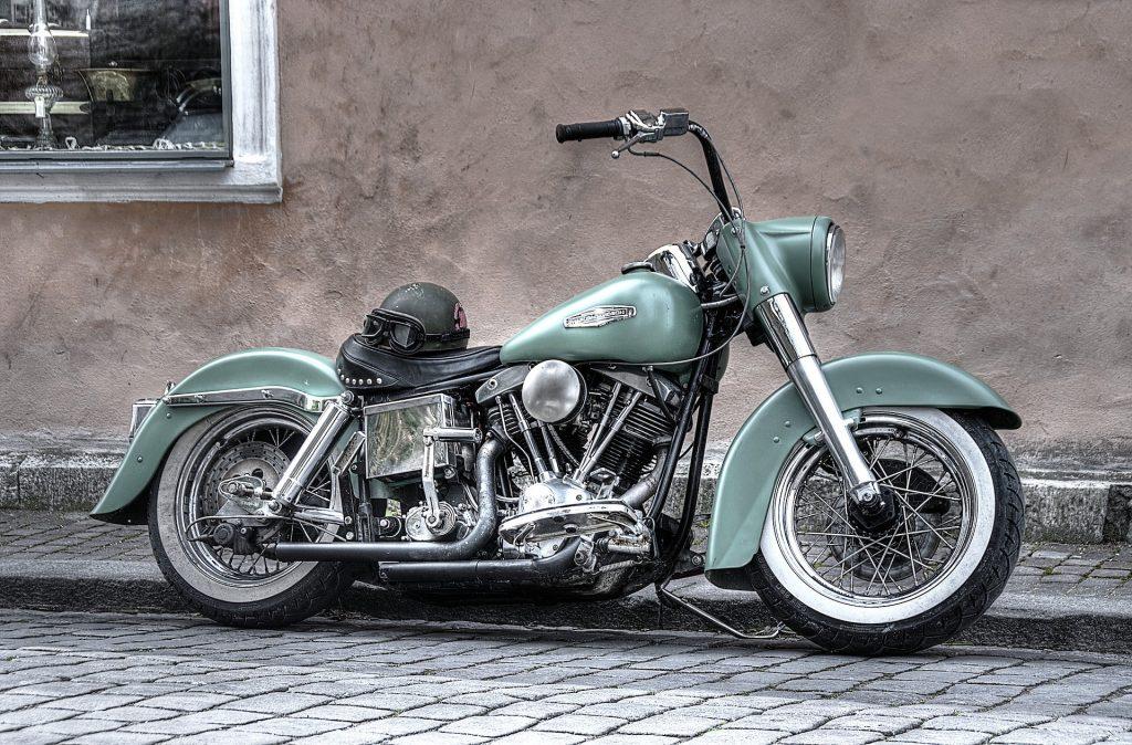 moto couleur verte