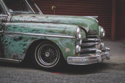enlever peinture en bombe sur automobile
