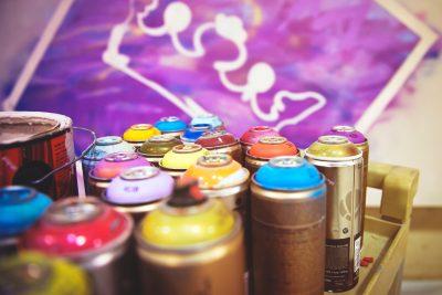 spray de peinture en bombe