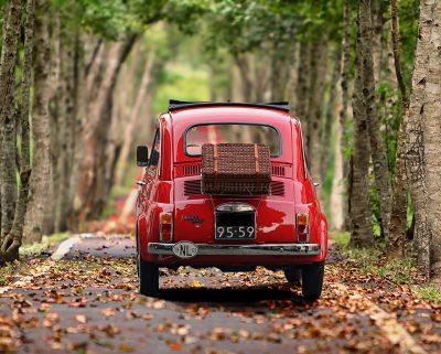voiture fiat rouge